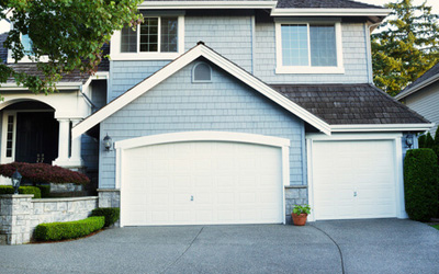 How To Operate Your Garage Door During Summer Power Outage?